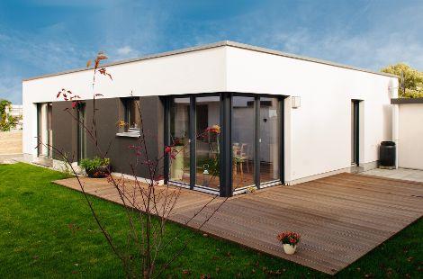 Barrierefreies Holzhaus mit Flachdach