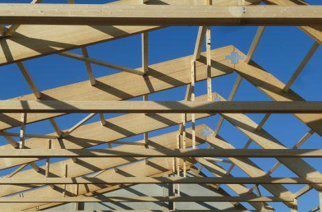 Neubau Holzgestell nah