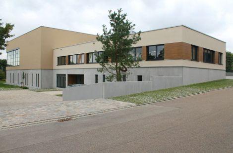 Produktionshalle, Bemusterungs- und Verwaltungsgebäude