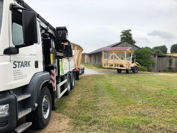 Abladen der Pavillons