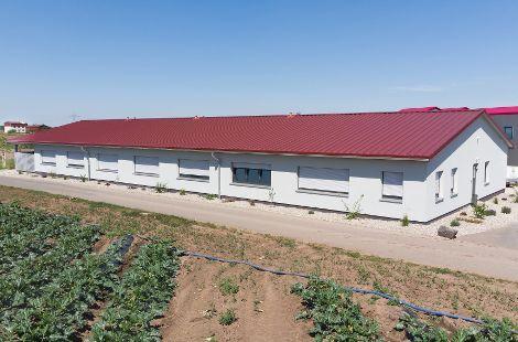 Unterkunftsgebäude für Saisonarbeiter