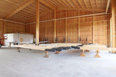 Mit modernen Stallungen, Maschinen- und Lagerhallen, die Ihren wirtschaftlichen, ökonomischen und ökologischen Anforderungen entspricht, da setzen wir an