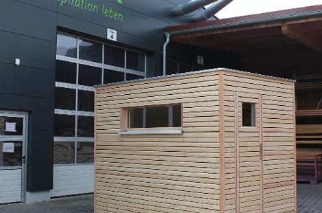 Das Saunamodul lässt sich in Innenräumen oder als Außenanlage aufstellen.